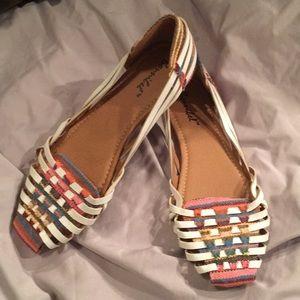NWOT- Bonnibel huarache white sandals